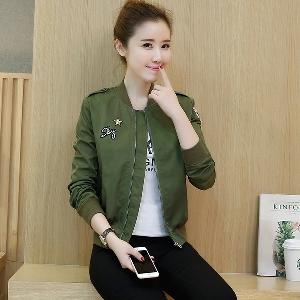 Дамско късо тъмно зелено пролетно яке