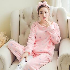 Сладки пижамки с детски мотиви- памучни.