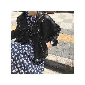 Кожено дамско яке в британски стил - широк модел, в черен цвят