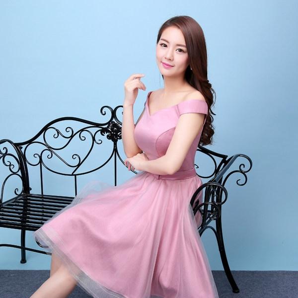 e83b3c6e1560 Κυρίες επίσημο φόρεμα σε πολλά αποκλειστικά σχέδια για την περίσταση ...
