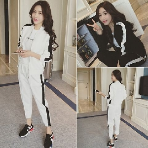 Дамски комплект от 2 части - суичър и широк панталон в бял и черен цвят