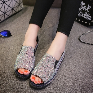 Дамски ниски ежедневни обувки с изрязани пръсти отпред