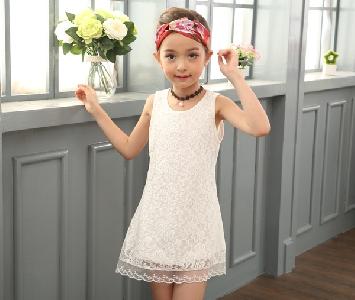 Детска дантелена рокля за момичета в бял и розов цвят в 2 модела - с японски ръкав и с 3/4 ръкав