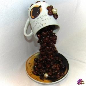 Сувенир - Летяща чаша на кафеманиака - 18 см