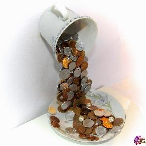 Сувенир - Летяща чаша на парите и богатството - 22 см. Модел DM-9002