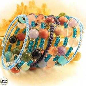 Уникална дамска гривна Синя лагуна от девет вида естествени камъни