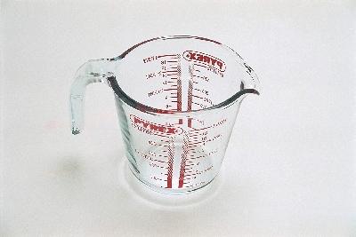 Измервателна стъклена кана Pyrex 500мл