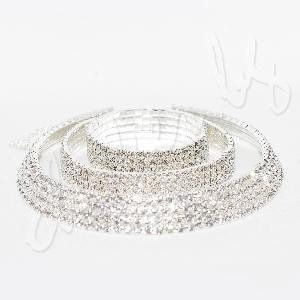 Изискан дамски комплект с кристали