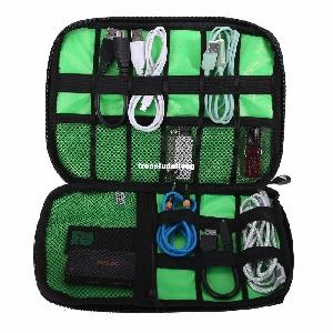 Много удобна и практична чанта за пренасяне на всякакъв вид кабели