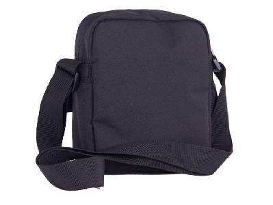 0af4ac23770 Черна детска чанта // PULSE MUSIC CIRCUIT - Badu.bg - Светът в ръцете ти