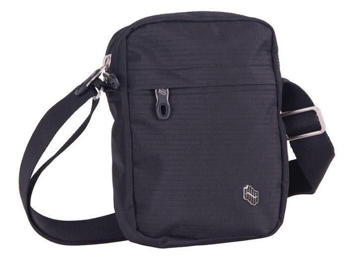 d30c4513232 Черни детски чанти // PULSE CLASSIC - Badu.bg - Светът в ръцете ти